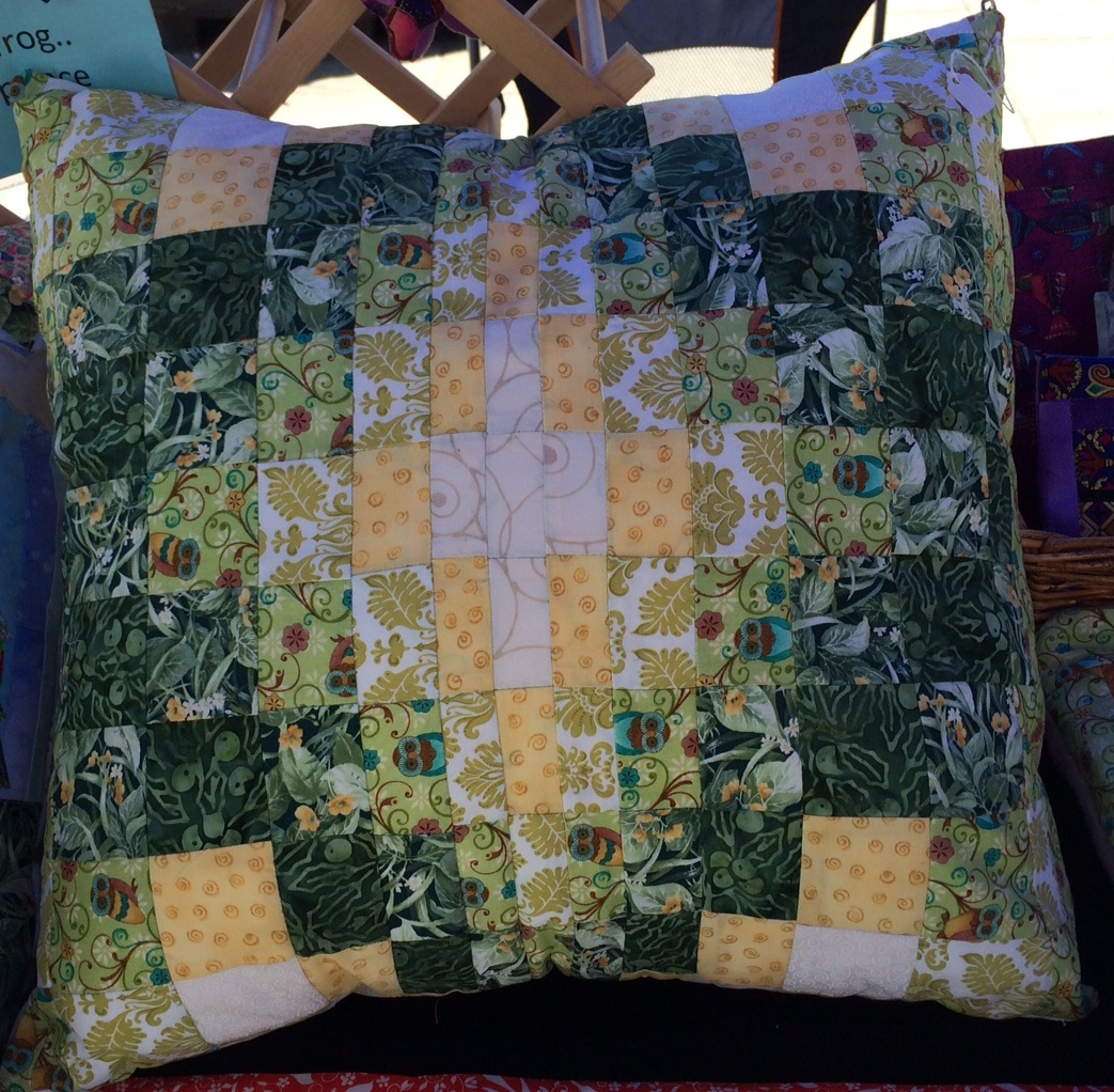 Living room sunpatch quilts for Living room quilt